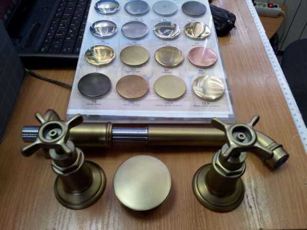 Покраска сантехники в бронзу