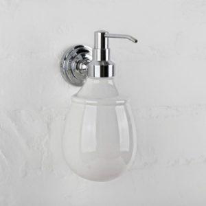 Дозатор для жидкого мыла настенный Versace (хром/керамика)